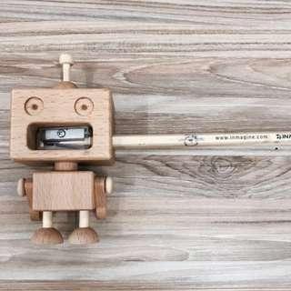#MakeSpaceForLove Wooden Robot Sharpener