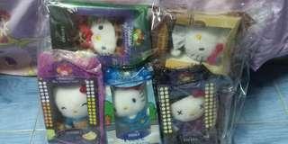 Hello Kitty 公仔 一套