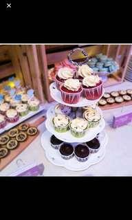 🚚 Three Tiers Cake Stand (Rent)