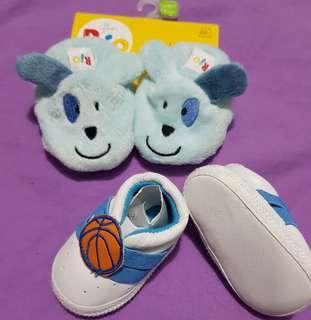 Boys size 6-12mths shoes