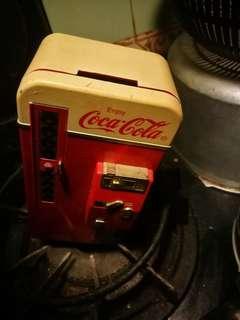 可口可樂錢箱。九六年出品