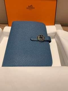 Hermes Dogon compact wallet
