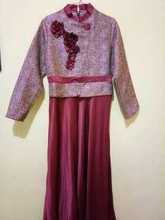 Dress Pesta Maroon