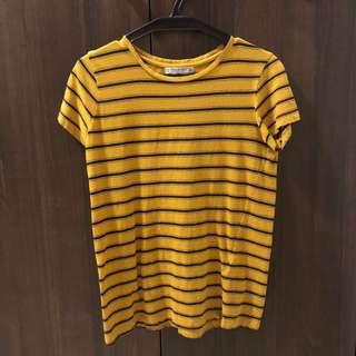 🚚 pull and bear mustard striped top