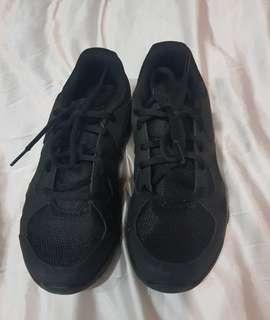 Brand New Under Armour Black Sneakers