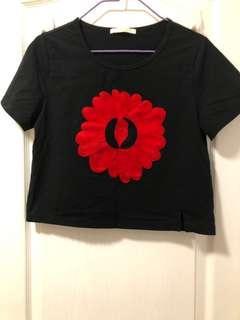 立體繡花T-shirt