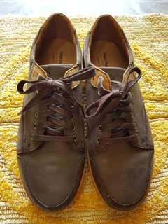 Hush Puppies Leather Shoes (Used)
