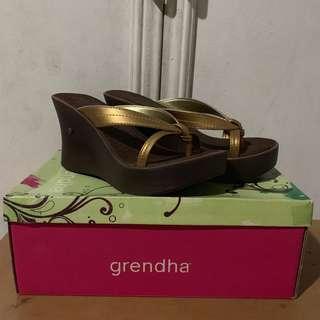 Grendha wedges