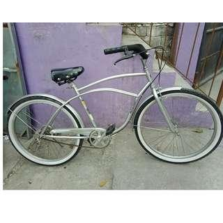 JAPAN CRUISER BIKE (FREE DELIVERY AND NEGOTIABLE!)