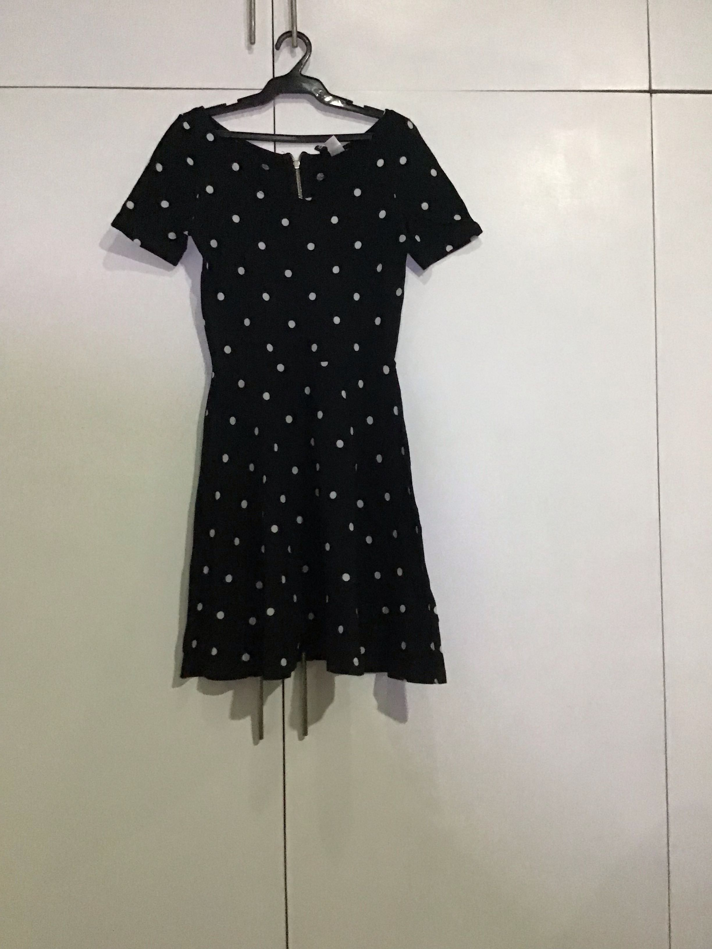 40f8def75b Black and white polka dot dress H&M, Women's Fashion, Clothes, Dresses &  Skirts on Carousell