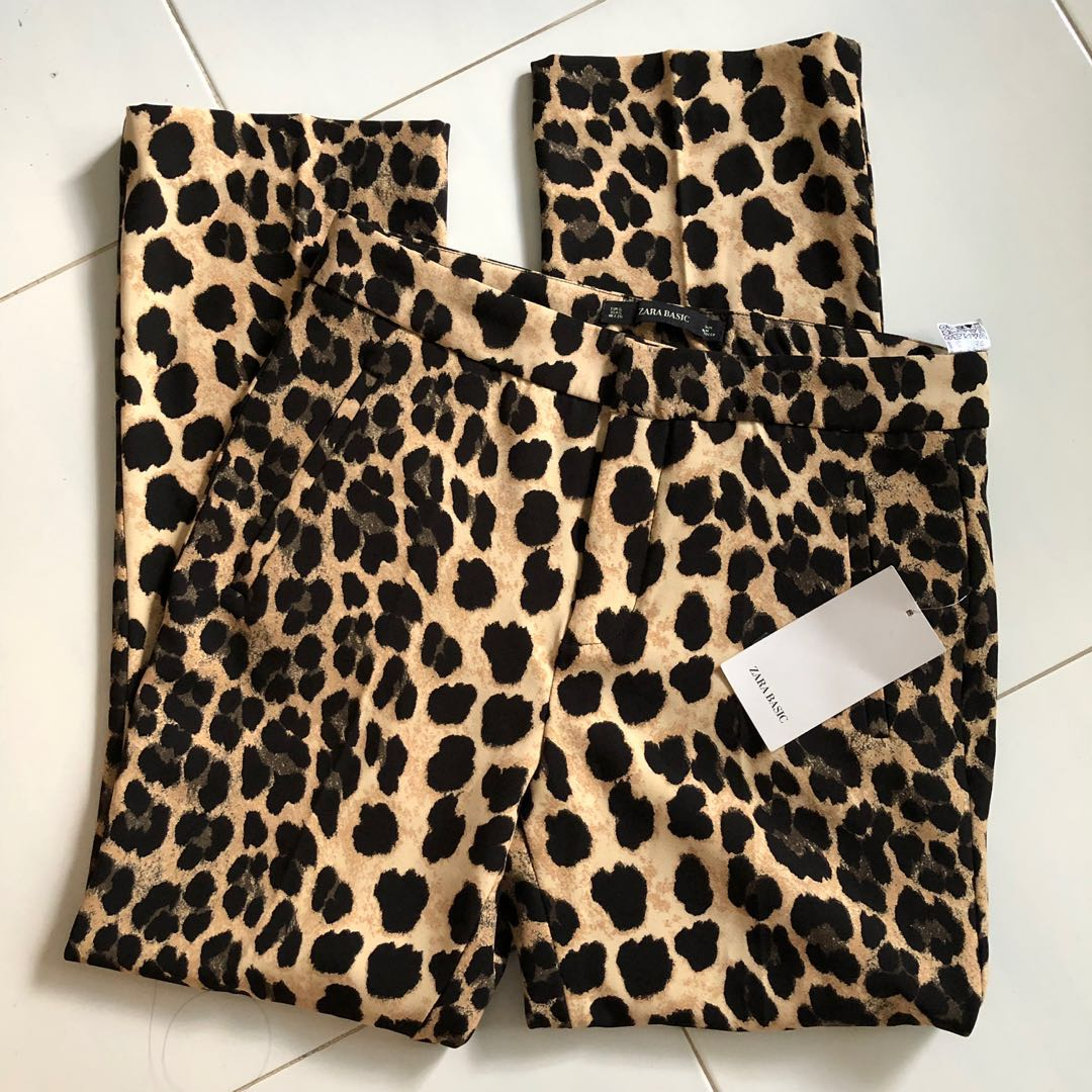 3af2a5db BNWT Zara Leopard Print Trousers, Women's Fashion, Clothes, Pants, Jeans &  Shorts on Carousell