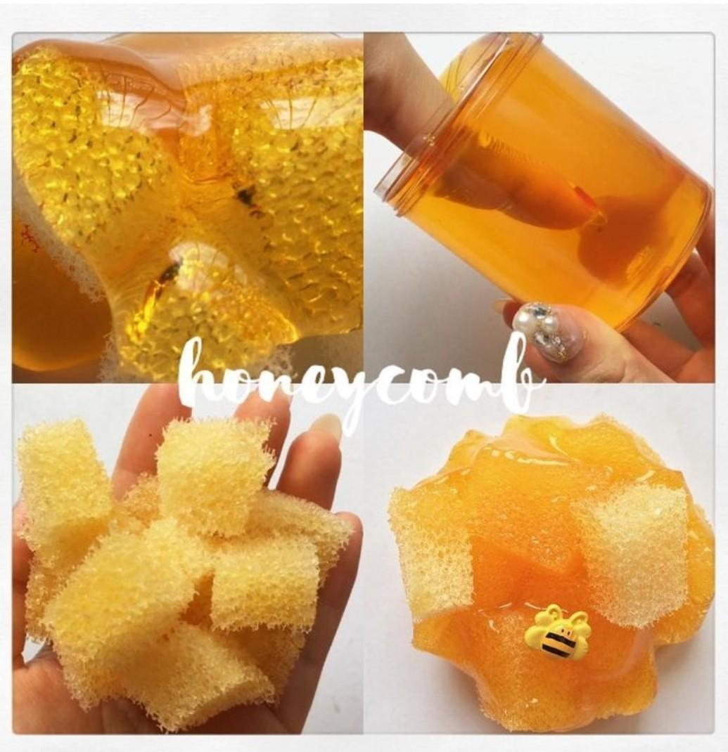 Honeycomb sponges