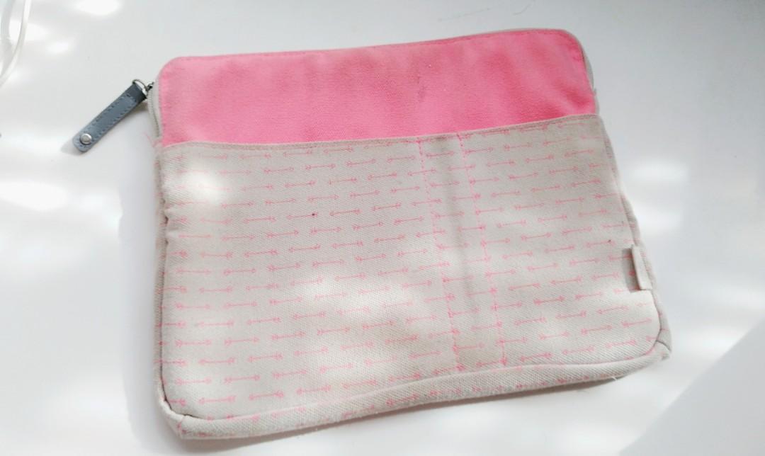 Kikki.k Tablet/ipad case