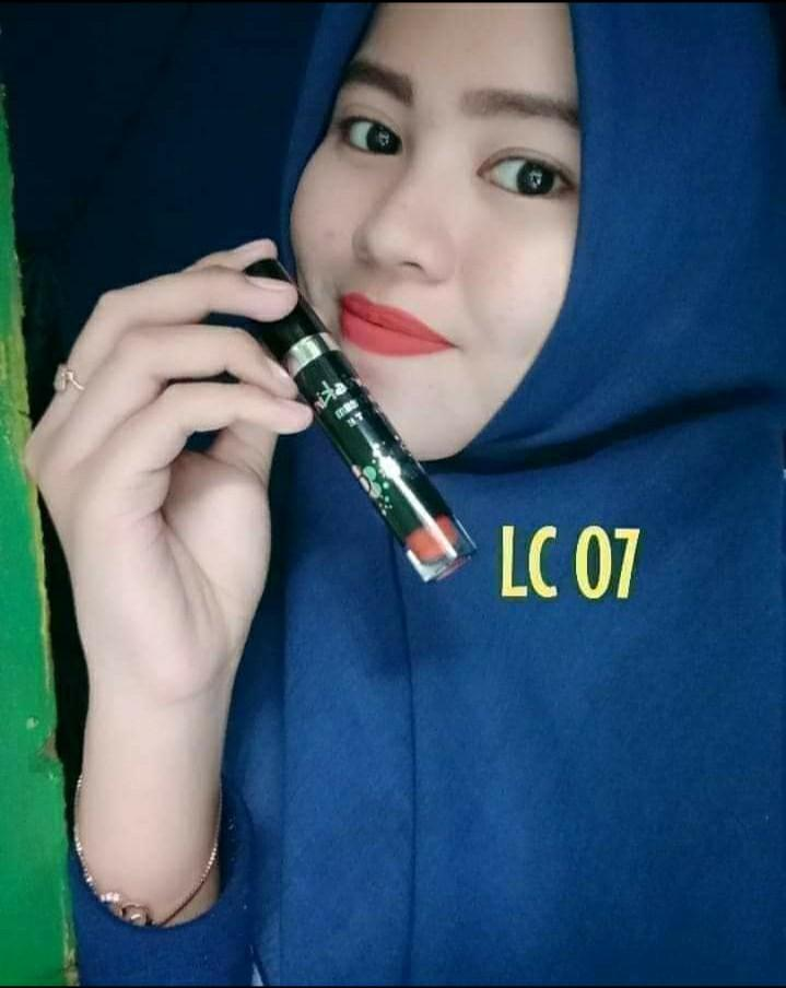 Lip Cosmetics / LIPGLOSS