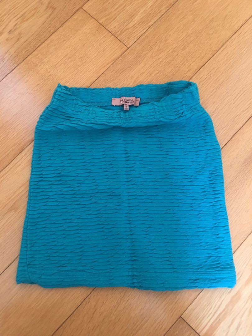 Mini skirt in Turquoise 緊身半截裙
