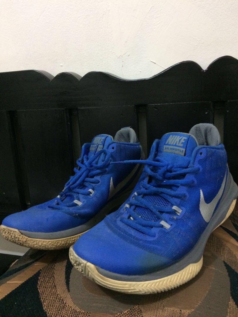 fa2e1bc56ba Nike Air Versatile (Blue)