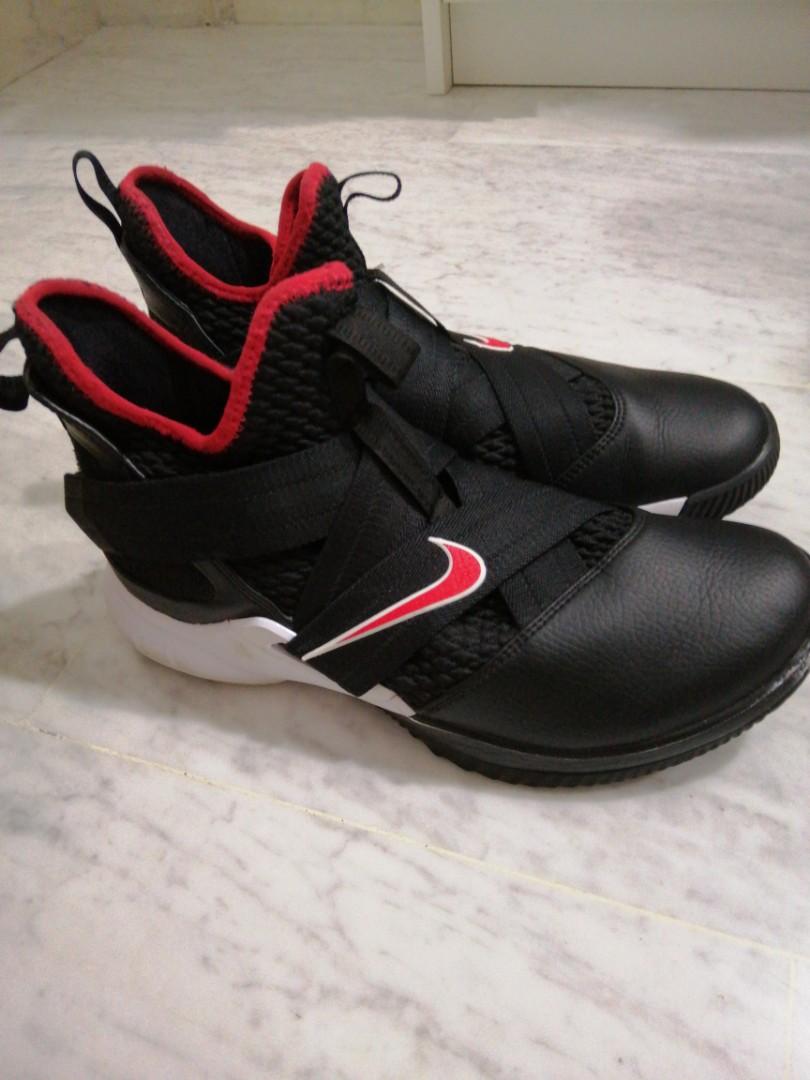 detailed look 3d974 dd0c1 Nike LeBron soldier 12 wtt