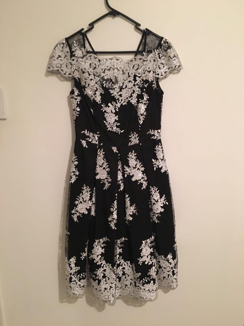 Review black and white lace dress