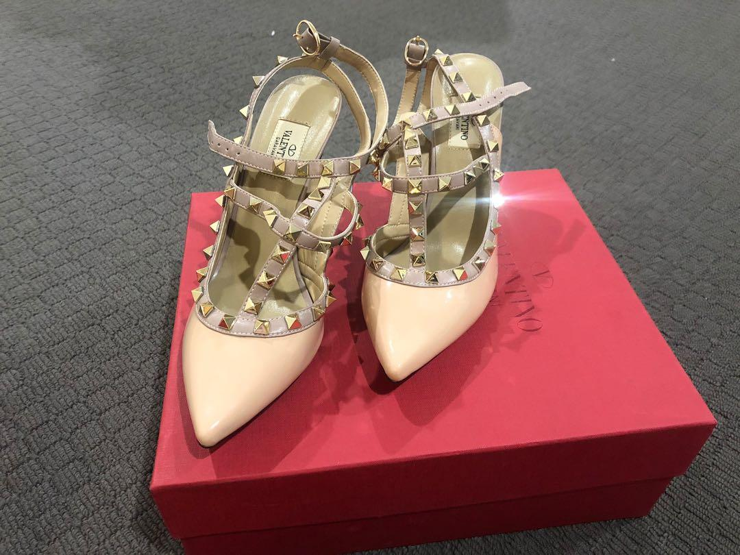 Valentino nude camel poudre rockstuds rockstud spikes studded shoes heels 10cm high 10mm stroppy gold evening going out graduation formal dinner