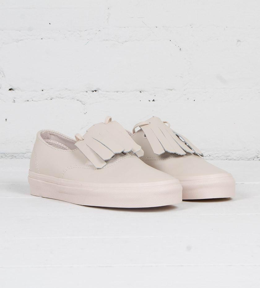 2e1b499fc2 Home · Women s Fashion · Shoes · Sneakers. photo photo photo photo photo