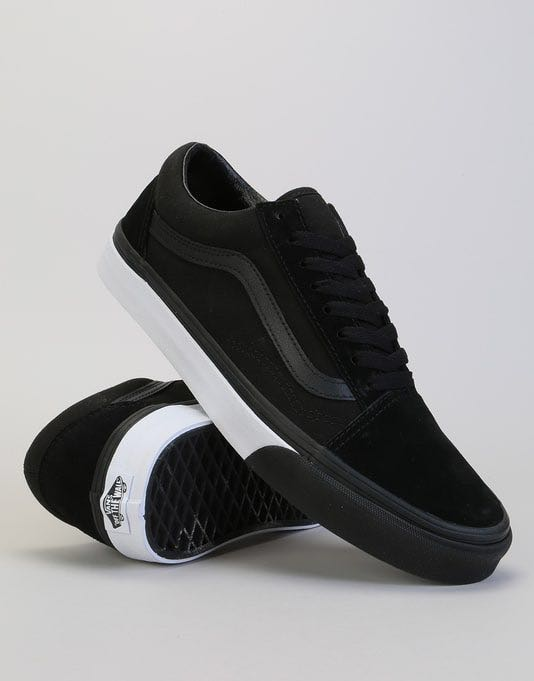 2575807b3f Home · Women s Fashion · Shoes · Sneakers. photo photo photo photo