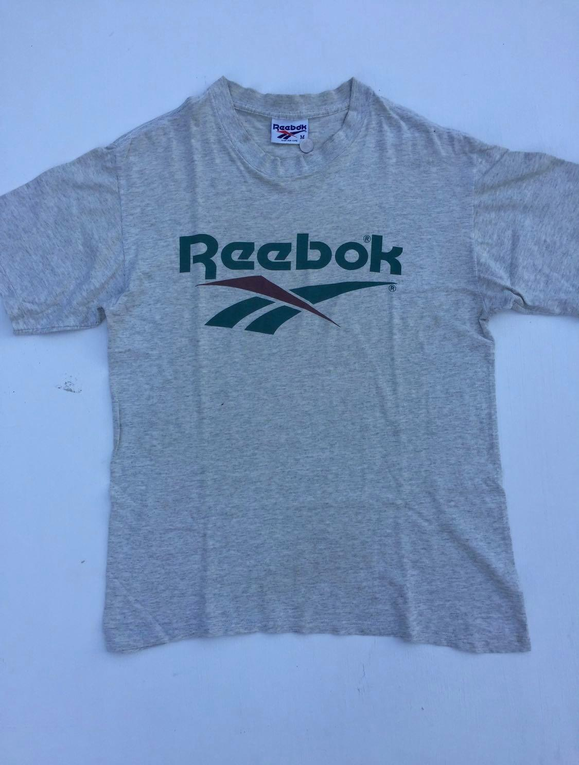 b7ff910517d2b Vintage Reebok T-Shirt, Men's Fashion, Clothes, Tops on Carousell