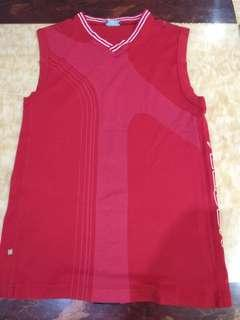 Red Sleeveless Top T-shirt