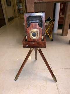 木相機模型一座 購自韓國 印度製造 $400