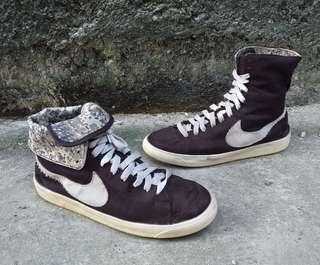 Nike blazer high roll