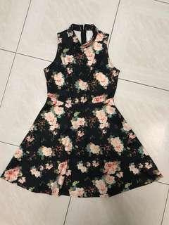 🚚 The Editors Market TEM Black high neck Floral Dress