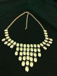 Almost New Gold Coloured Necklace/Festive Accessories
