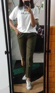 Baggy pants army