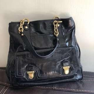 日本Coach leather bag 黑色金鏈 真皮手袋 新淨 容量大