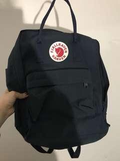 FJALLRAVEN Kanken Navy Backpack