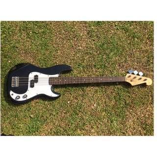 SX Standard Series P-Bass