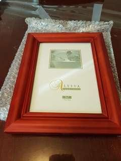 Never been used red photo frame (5x7)