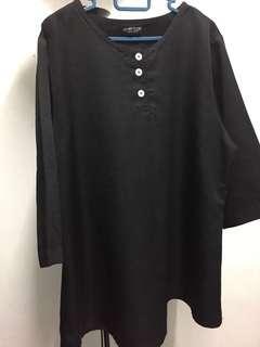 Black top blouse 3/4 sleeve