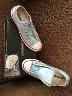 Converse Baby Blue size 39