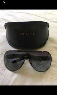 Price drop Gucci sunglasses authentic !