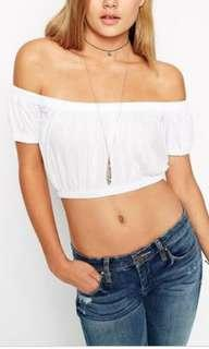 🌻 White off shoulder crop