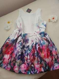 A-line floral pattern dress