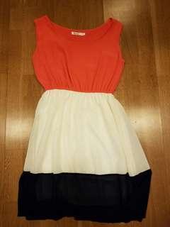 Katie summer dress, small