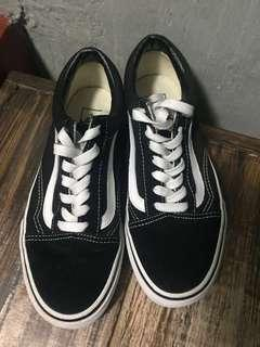 Vans OS Black n White