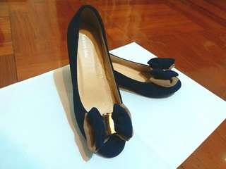 全新 番工 百搭高貴斯文款 35碼 拼色蝴蝶結藍色隱形增高鞋 高跟鞋 高踭鞋 $75/1 (只有1對