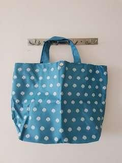 🚚 Crabtree & Evelyn Tote Bag