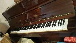 Yamaha 鋼琴