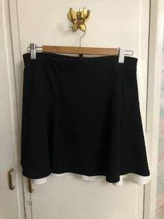 Bershka Black Skirt with garter (Mex30)