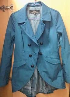 Initial 藍色外套 Blazer