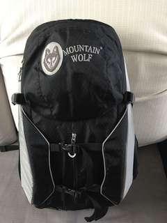 Wolf 背囊38L