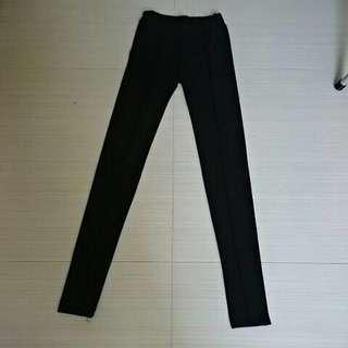 🚚 韓系黑色長褲 貼身 顯瘦